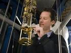 Profesor Keith Schwab pracuje na nízkoteplotním zařízení