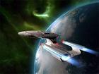 """Star Trek (v angličtině doslova """"Hvězdné putování"""", ale nepřekládá se) je jeden z nejpopulárnějších a nejúspěšnějších televizních sci-fi seriálů, na který navazují také filmy, knihy a počítačové hry. Příběh Star Treku popisuje budoucnost lidstva, které po objevu mezihvězdného pohonu cestuje po celé galaxii, setkává se s mimozemskými civilizacemi a přes časté konflikty pomáhá šířit mír a vzájemné porozumění."""