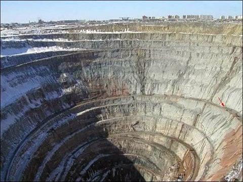 Diamantový důl Mirnyj, Sibiř