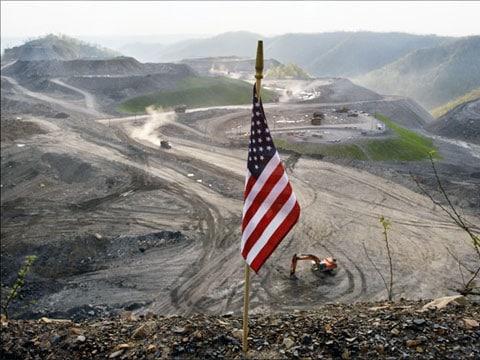 Povolení opravňují důlní společnosti, které