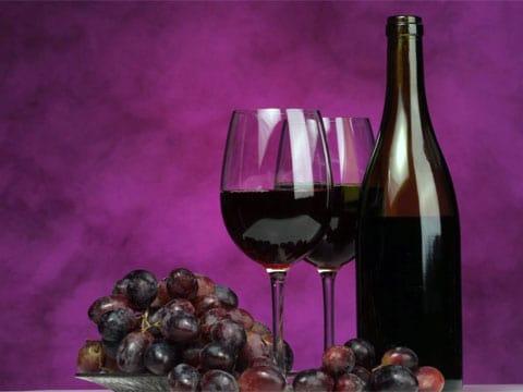Pro analýzu vína se používá mikročip, vyrobený v Mathiesově laboratoři