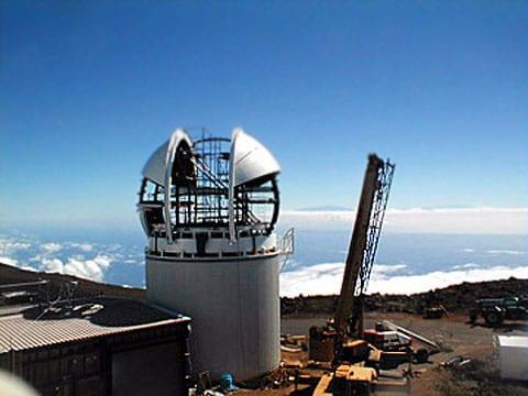 PS1 pracuje na vrcholku sopky Haleakala