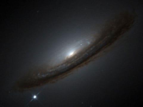 Supernova 1994D na okraji galaxie NGC 4526